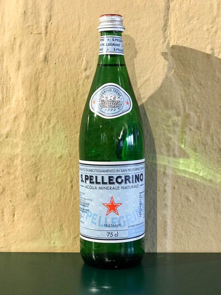 Acqua minerale frizzante San Pellegrino • 0,50 lt